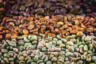 How To Blend Roasted Coffee Beans At Home